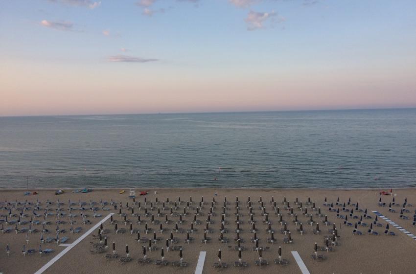 Presenze turistiche, per Cna un agosto con più ombre che luci