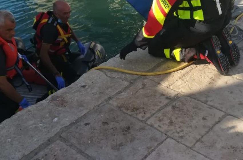 Recuperato il corpo di una donna nel porto Canale