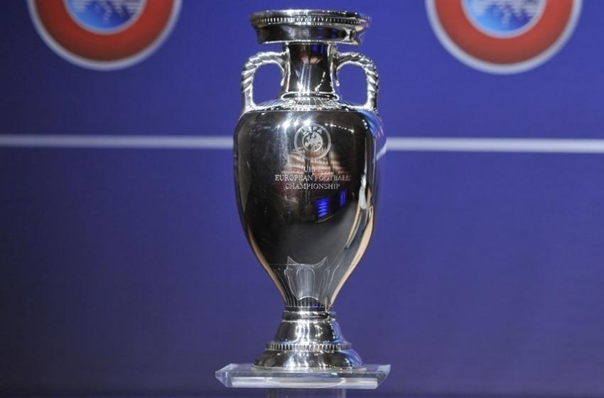 A Pescara arriva la Coppa Uefa 2020 vinta dall'Italia a Wembley