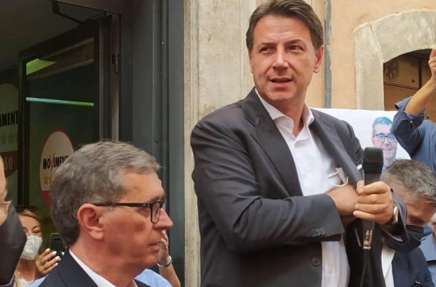 """Conte a Sulmona: """"La stragrande maggioranza degli italiani ha compreso l'importanza dei vaccini"""""""