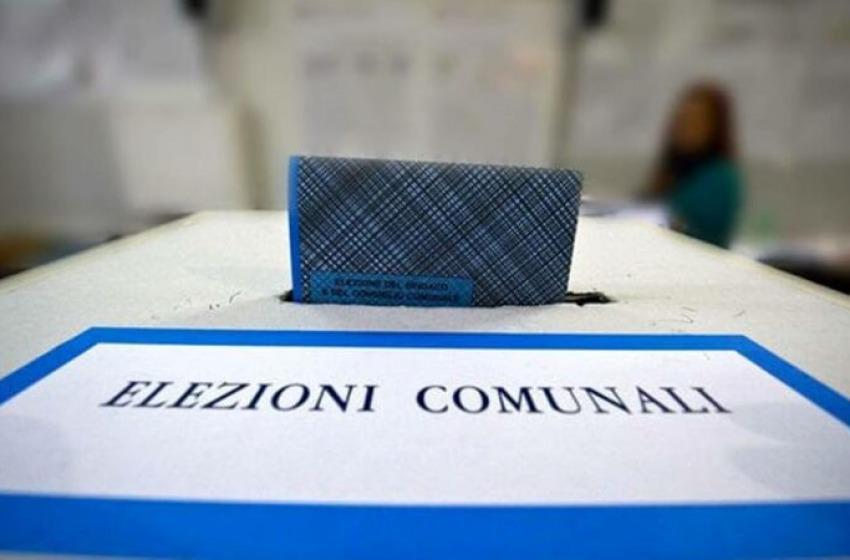 Elezioni amministrative, bassa l'affluenza. Si va ai ballottaggi