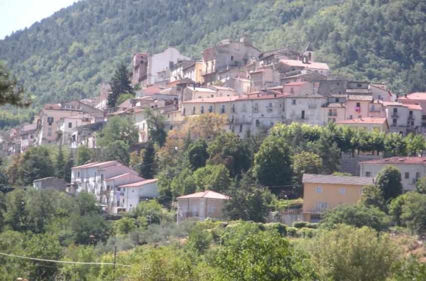 Giallo a Pettorano sul Gizio. Uomo 56enne trovato morto in casa