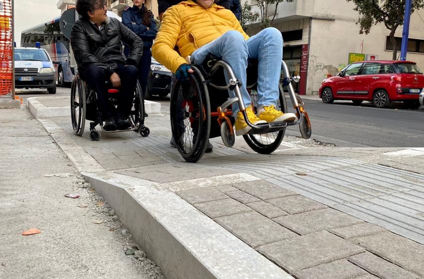 """Ferrante su Viale Marconi: """"Strada pericolosa per i disabili"""""""