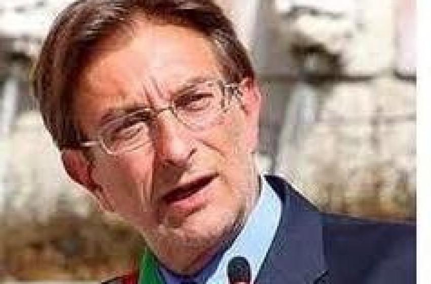 """L'Aquila e un sindaco """"litigioso"""""""