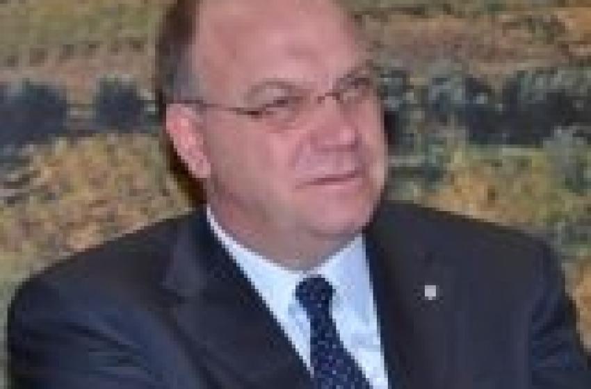 Del Corvo ritira dimissioni