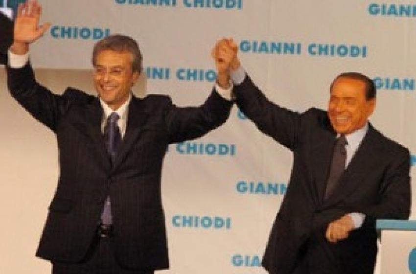 Chiodi saluta Berlusconi