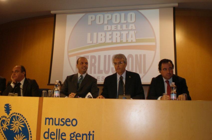No Silvio, No Party