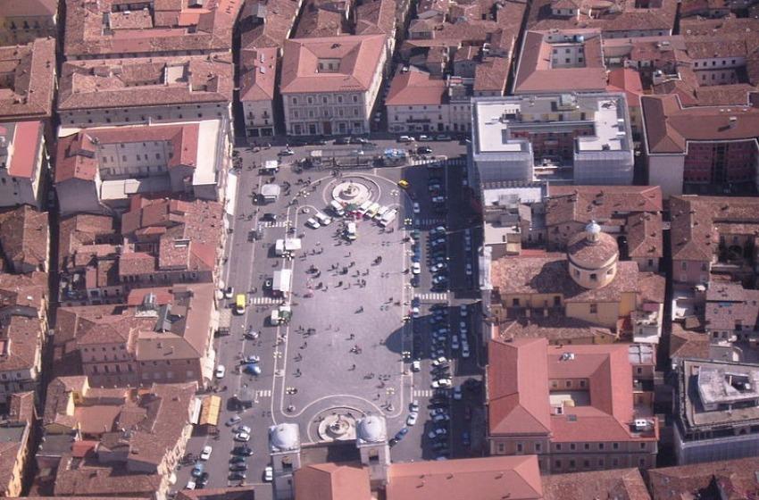Ricostruire il centro storico