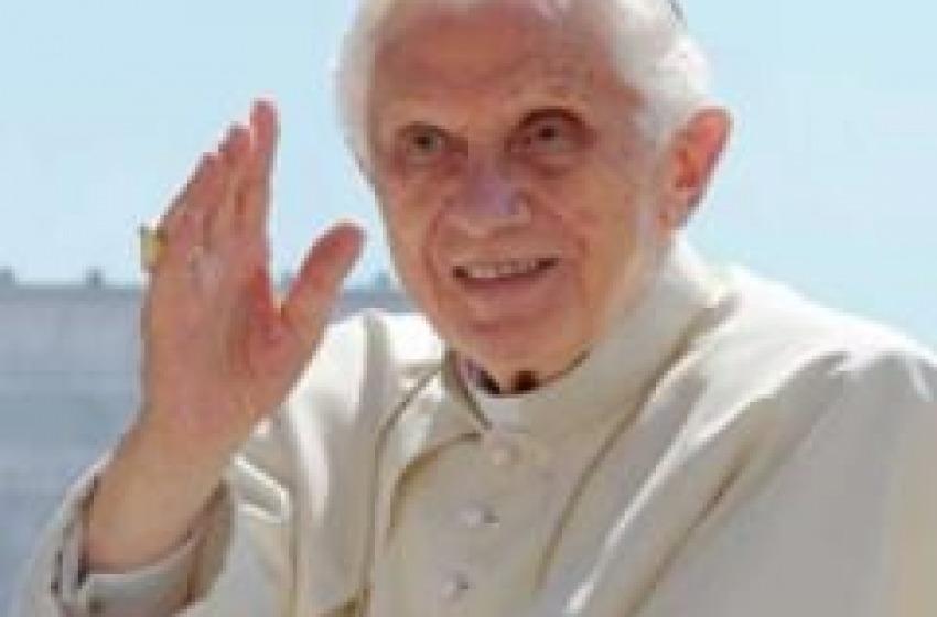 Il Papa non è più