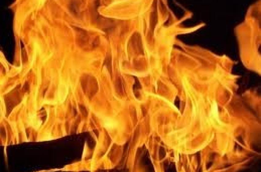 Cero brucia mezza chiesa
