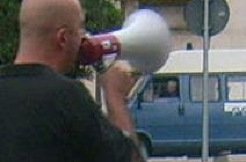 'No Ius Soli' protesta razzista