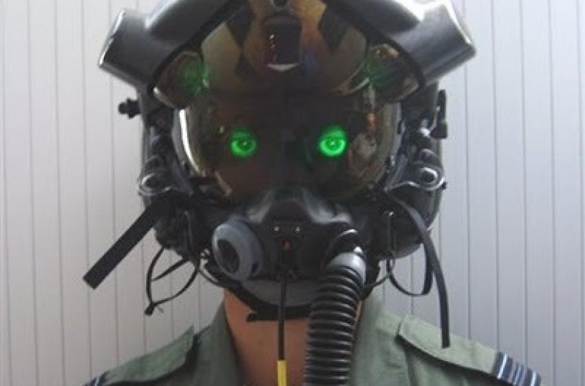 Cento piazze contro gli F-35