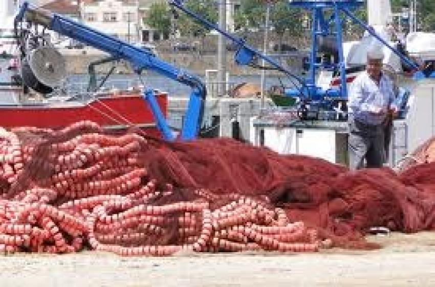 Stop alla pesca per 42 gg
