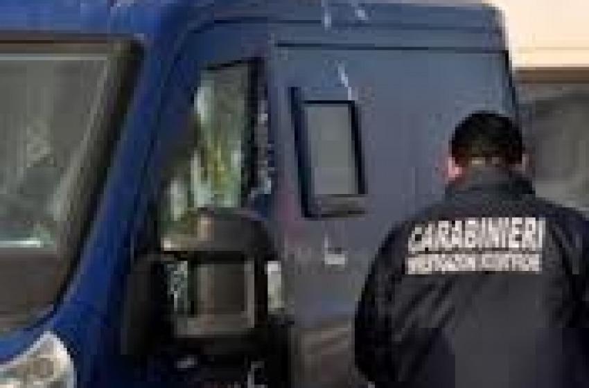 Assaltato portavalori. Banditi in fuga con 80mila euro