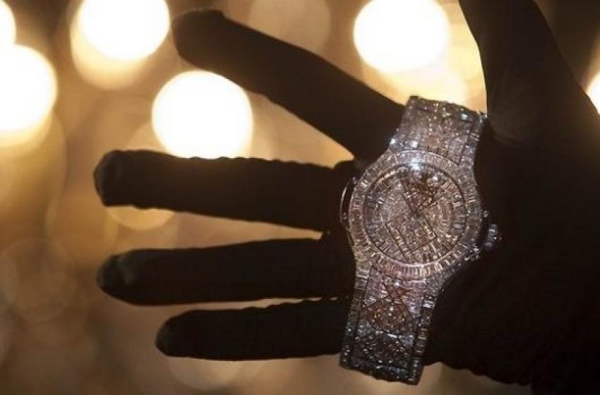 Furto di orologi preziosi. Ladre riminesi arrestate