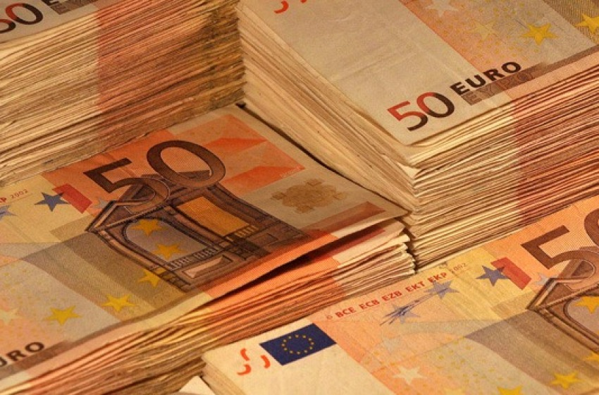 Coppia di albanesi fermata con 50mila euro in contanti