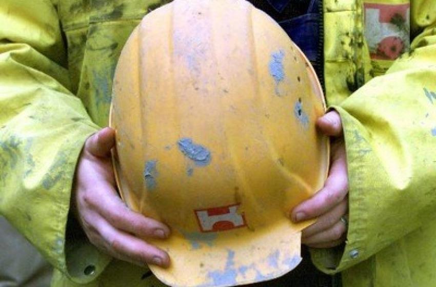 Palo lungo 30 metri si spezza: muore operaio di 29 anni