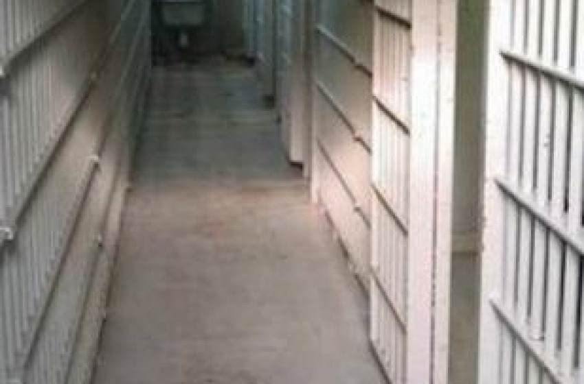 Detenuto muore in cella a Teramo per sospetta overdose da ovuli