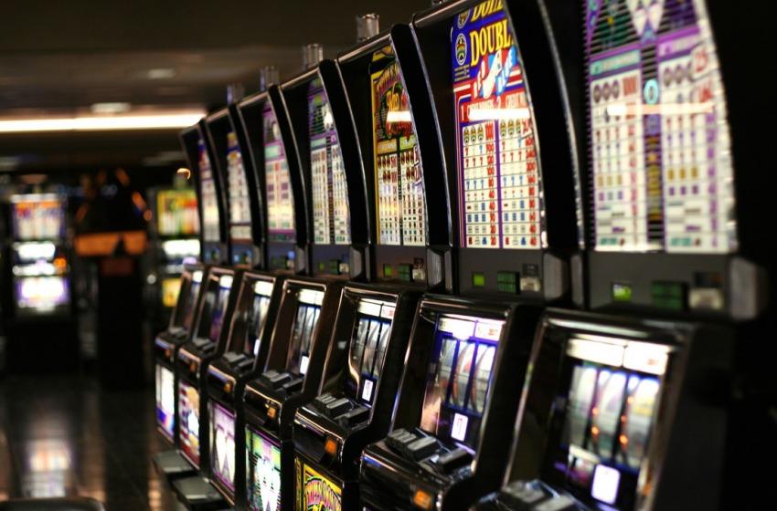 Giocare con le slot machines è legale?