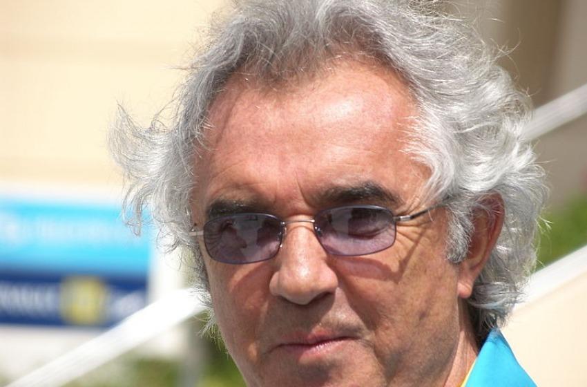 Balneatore pescarese contro il collega Flavio Briatore