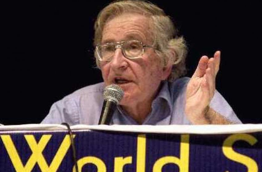 Strategie per il controllo delle masse (by Naom Chomsky)