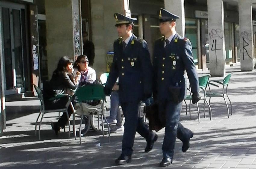 La Guardia di Finanza arruola 53 allievi ufficiali