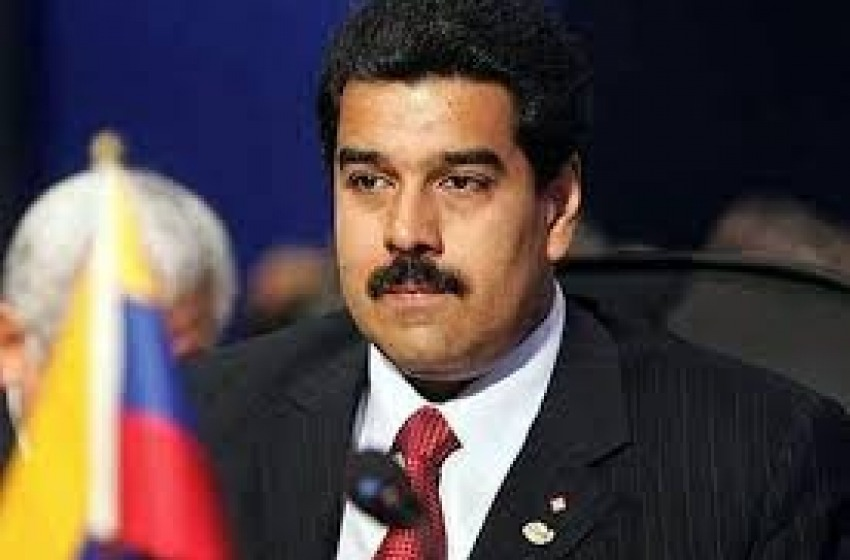 Venezuelani contro Maduro. La protesta in Piazza Salotto