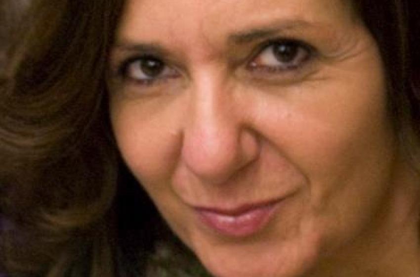 L'artista Mandra Cerrone al Giro d'Italia contro il femminicidio