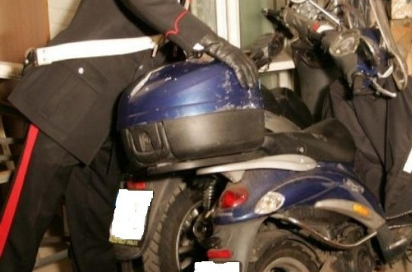 Sgominata la gang dei ladri di scooter. Recuperata merce per 30mila euro