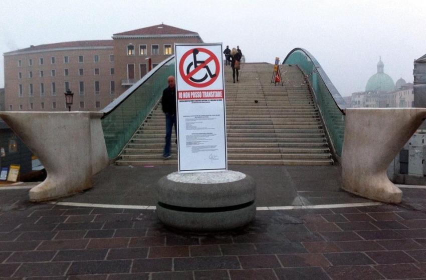 Blitz di Pep M. a Venezia. 'Chiuso' ai disabili il Ponte di Calatrava