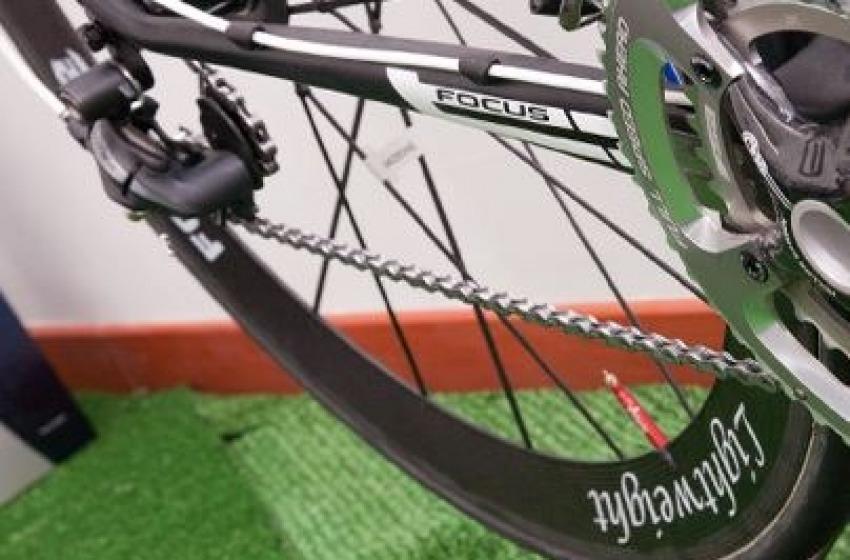 """Colpo """"ciclistico"""" alla Digiotek di Spoltore: rubate 12 bici preziose"""