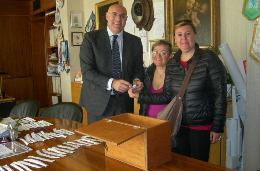 "Di Primio si conferma ""social"": scrutatori sorteggiati da facebook"