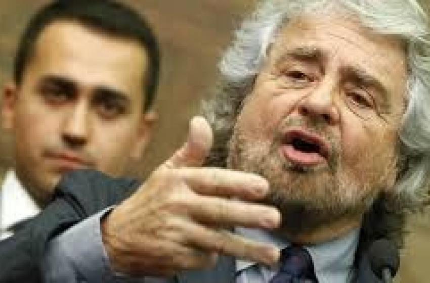 Prima Luigi Di Maio poi Beppe Grillo. M5S presenta #RevolutionTour