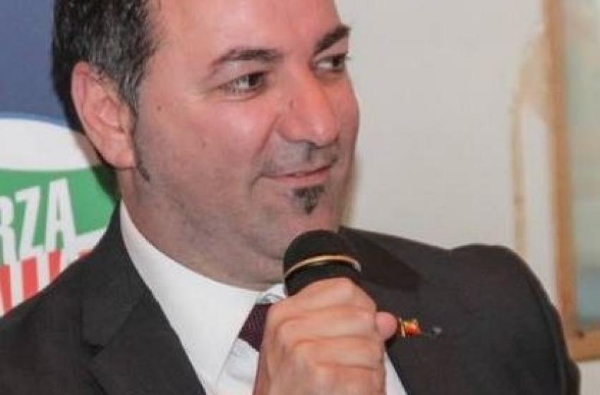 """Forza Italia """"caliente"""" su facebook. A Montesilvano la grana Cilli"""