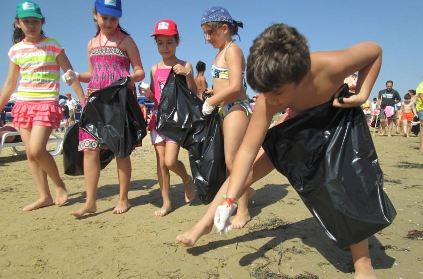 Spiagge idonee ai bambini: Bandiera Verde 2015 a sei località abruzzesi