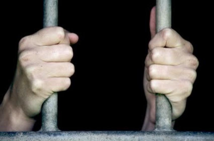 In carcere a 82 anni per il furto di un dvd, Corbelli vuole la grazia
