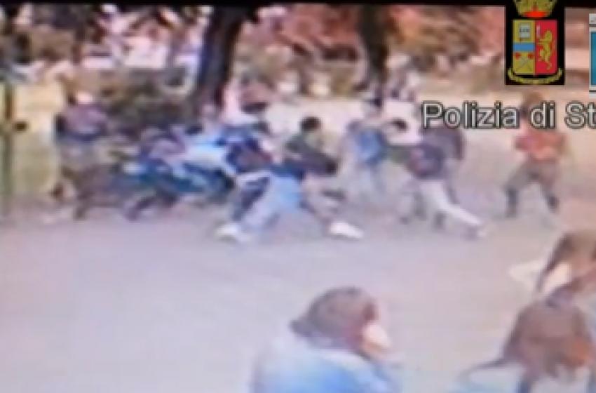 Il video dell'aggressione del branco